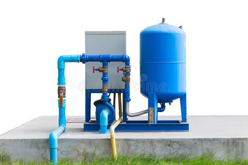 Sistema de bomba da água no assoalho concreto fotos de stock royalty free