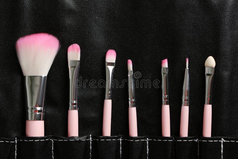 Sistema de cepillo del maquillaje imagen de archivo libre de regalías