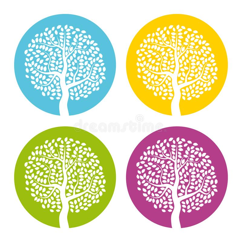 Sistema de cuatro árboles blancos con las hojas en fondo redondo colorido stock de ilustración