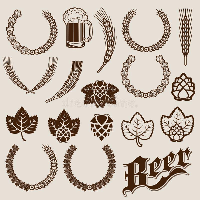 Diseños del Ornamental de los ingredientes de la cerveza stock de ilustración