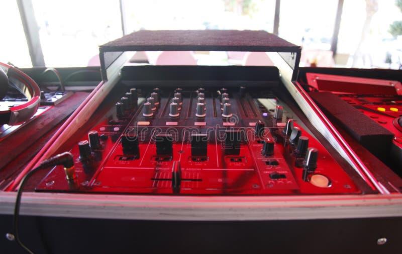 Sistema de DJ del mezclador de sonidos fotos de archivo libres de regalías