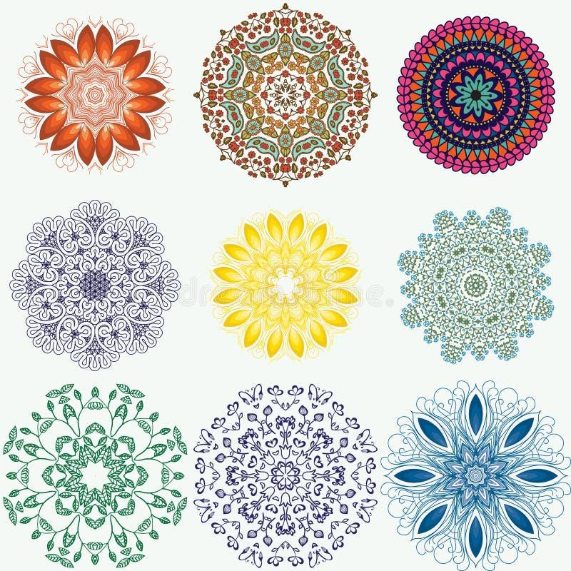 Sistema de estampados de flores ornamentales étnicos del color Manda dibujado mano ilustración del vector