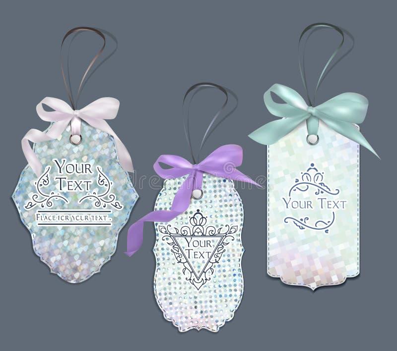 Sistema de etiquetas elegantes en colores pastel con los elementos del diseño floral y los arcos de la seda libre illustration
