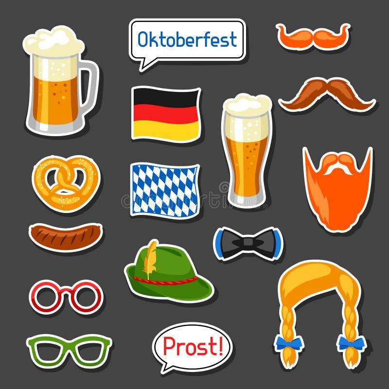 Sistema de etiquetas engomadas de la cabina de la foto de Oktoberfest Accesorios para el festival y el partido stock de ilustración