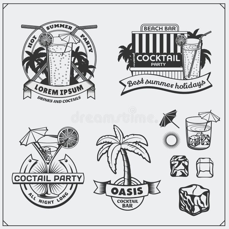 Sistema de iconos de los cócteles, de etiquetas y de elementos del diseño stock de ilustración