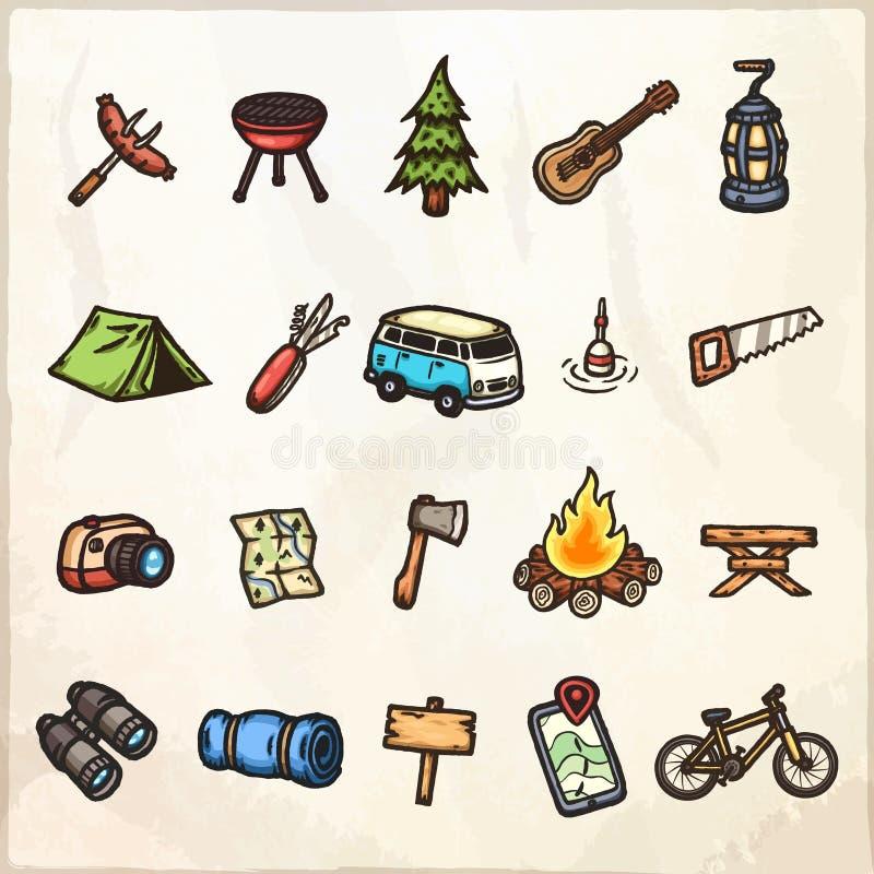 Sistema de iconos que acampan dibujados mano libre illustration