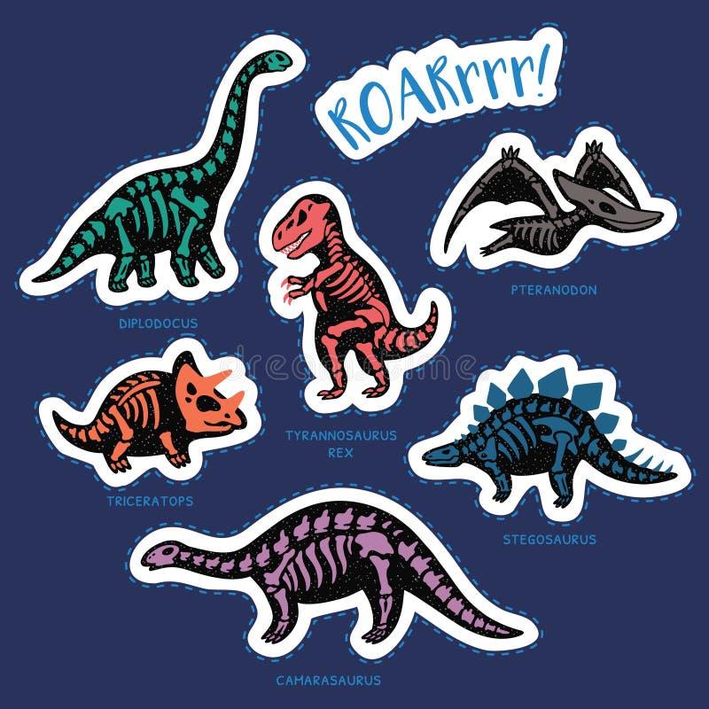 Sistema de la etiqueta engomada de esqueletos del dinosaurio en estilo de la historieta stock de ilustración