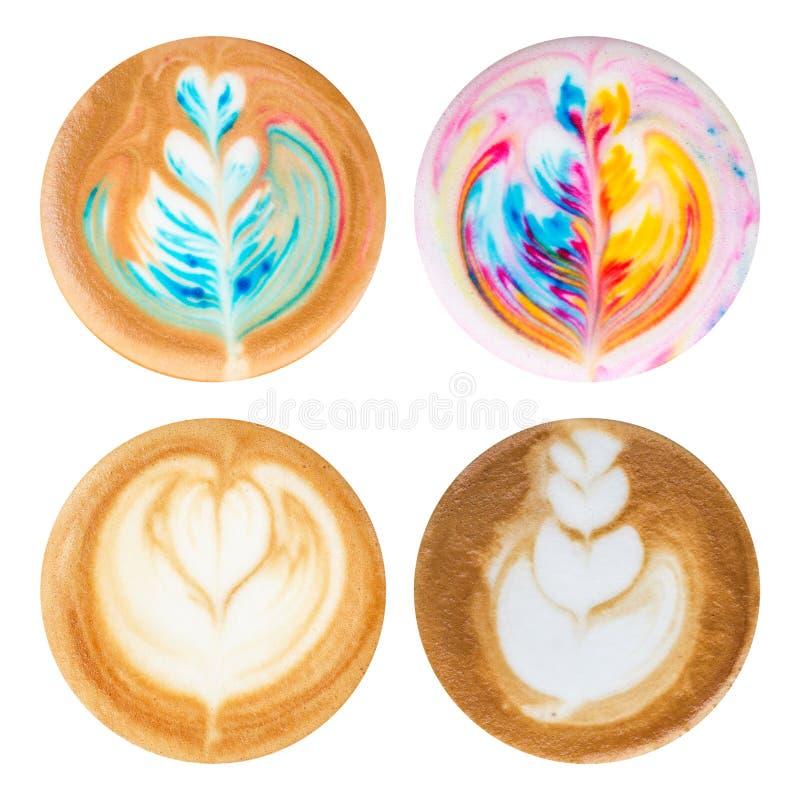 Sistema de la visión superior de café caliente del arte del latte con el isolat de la espuma del capuchino fotos de archivo libres de regalías