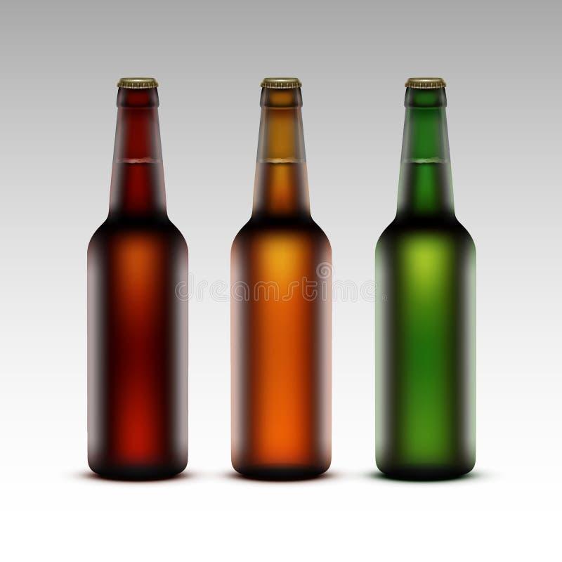 Sistema de las botellas de cristal con la cerveza sin etiquetas ilustración del vector