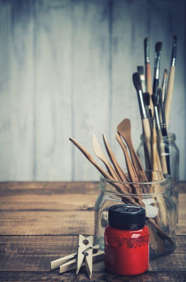 Sistema de las herramientas del artista foto de archivo