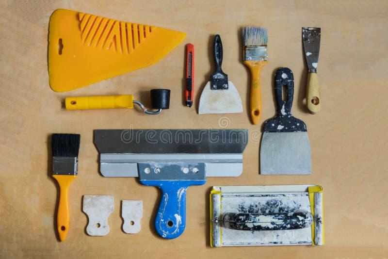 Sistema de los instrumentos para hacer reparación la visión superior fotos de archivo