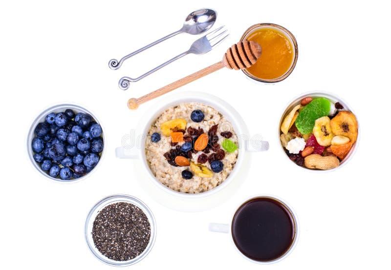 Sistema de los platos para el desayuno fácil, sano fotografía de archivo libre de regalías
