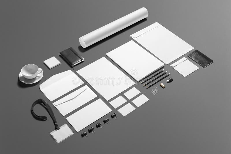 Sistema de marcado en caliente de los efectos de escritorio en blanco aislado en gris foto de archivo