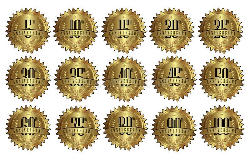 Sistema de oro de la insignia de la etiqueta del sello del aniversario fotografía de archivo libre de regalías
