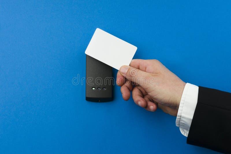 Sistema de seguridad electrónico que es activado foto de archivo libre de regalías