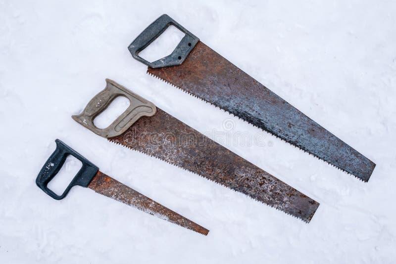 Sistema de sierras de hender oxidadas viejas imágenes de archivo libres de regalías