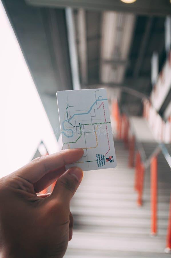 Sistema de transporte público Plc de Banguecoque para reduzir o preço da tarifa do trem do BTS foto de stock royalty free