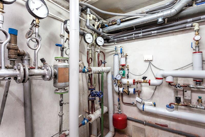 Sistema de tubos de calefacción fotos de archivo libres de regalías