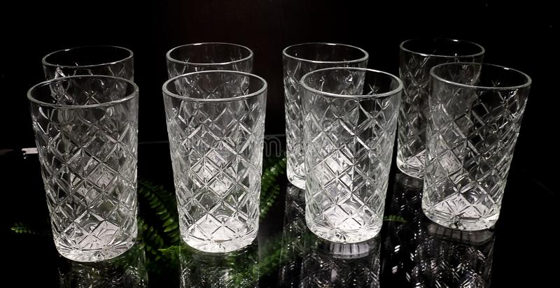 Sistema de vintage de lujo vacío Crystal Glasses foto de archivo libre de regalías