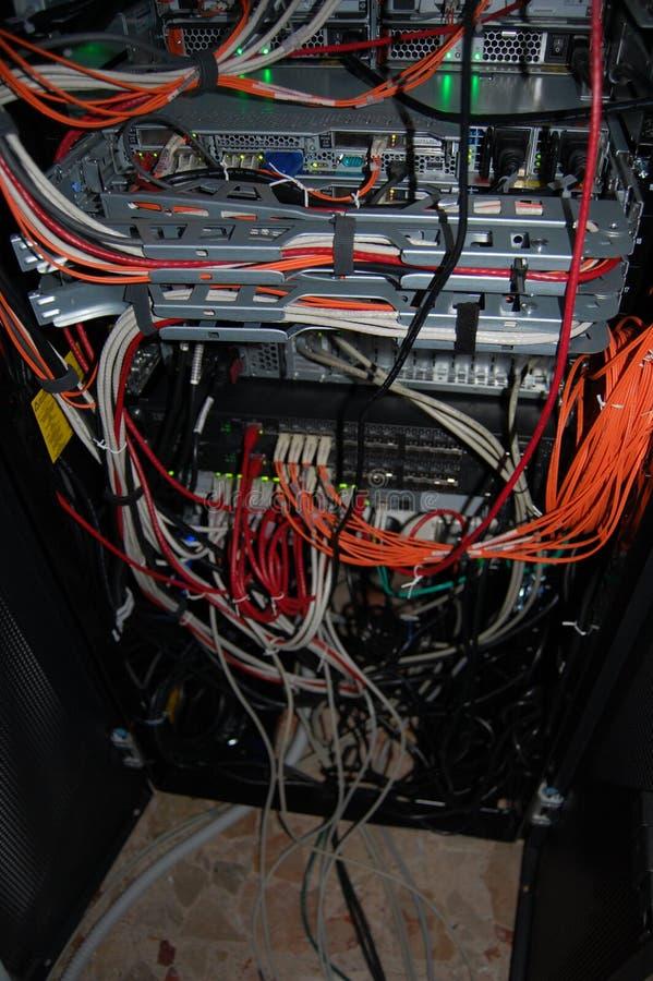 Sistema del cableado del router imagenes de archivo