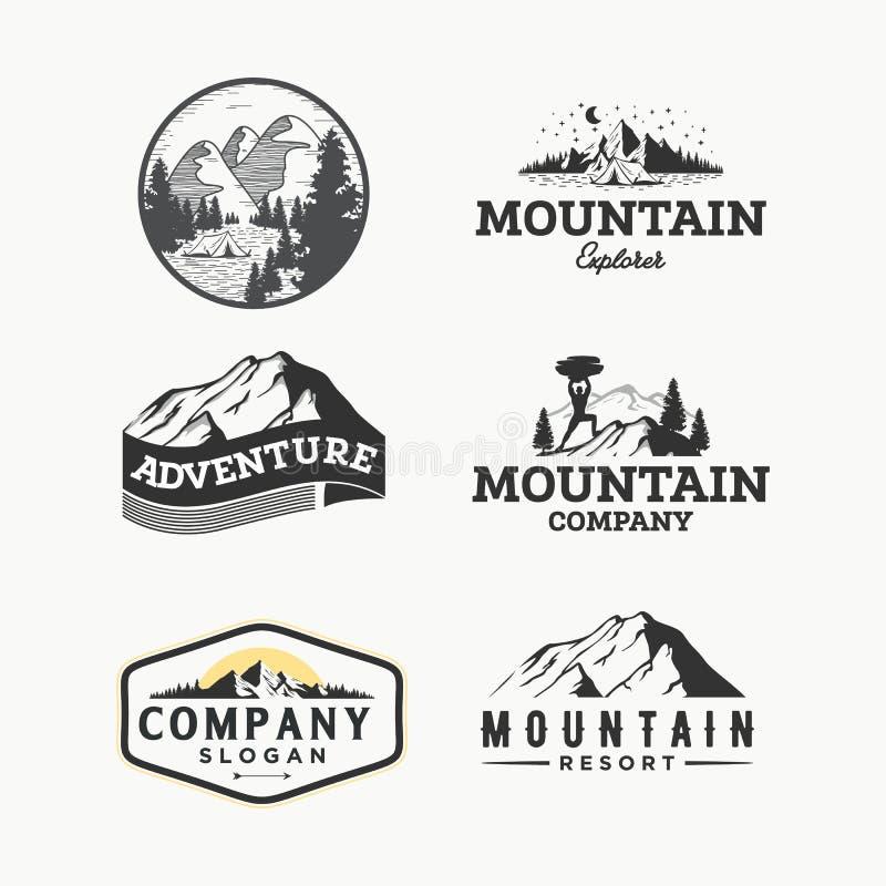 Sistema del vector de logotipos del vintage del desierto y de la naturaleza, de emblemas, de siluetas y de elementos al aire libr ilustración del vector