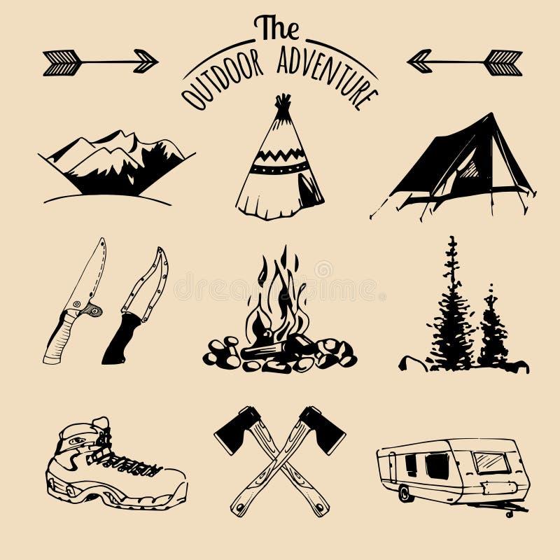 Sistema del vector de los elementos que acampan del vintage para los logotipos, emblemas del turismo, insignias Colección retra d stock de ilustración