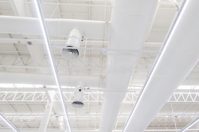 Sistema del ventilatore del grande magazzino di Tesco Lotus fotografia stock libera da diritti