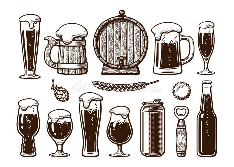 Sistema del vintage de objetos de la cerveza Taza de madera vieja, barril, vidrios, salto, botella, poder, abrelatas, casquillo V stock de ilustración