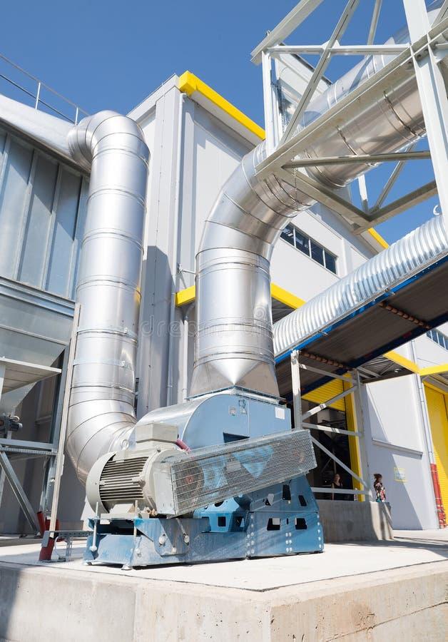 Sistema di conduttura di trattamento dei rifiuti con la turbina immagini stock libere da diritti