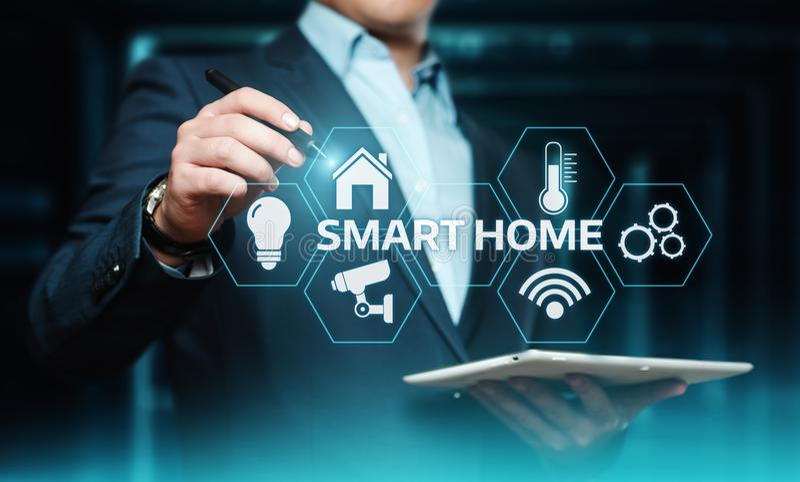 Sistema di controllo astuto di automazione della casa Concetto della rete internet di tecnologia dell'innovazione immagine stock