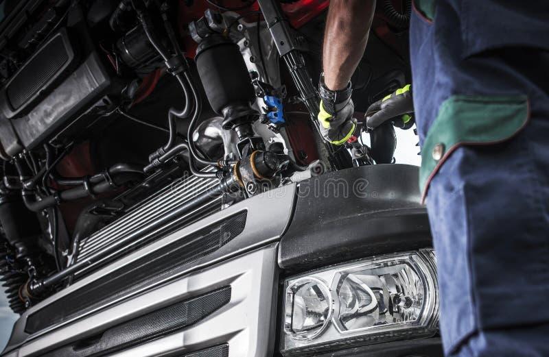 Sistema diagnostico di problema del camion dei semi immagini stock libere da diritti