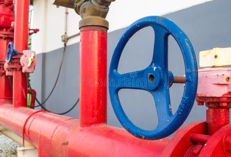 Sistema do fogo do sistema de extinção de incêndios da água fotografia de stock royalty free