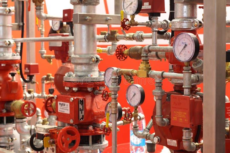 Sistema extintor autom?tico del agua y de la regadera imagen de archivo