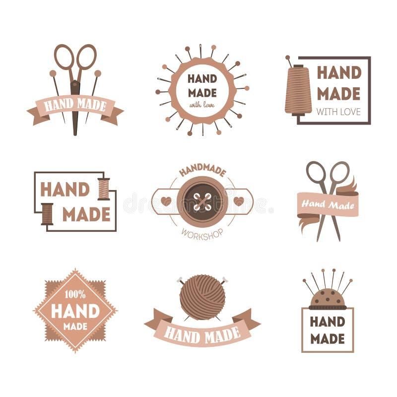 Sistema hecho a mano de las insignias o de etiquetas del producto de la historieta Vector stock de ilustración