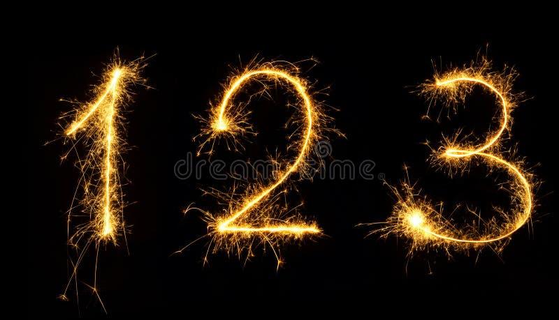 Sistema hermoso de los números 1,2,3 de los fuegos artificiales cerca para arriba imagenes de archivo