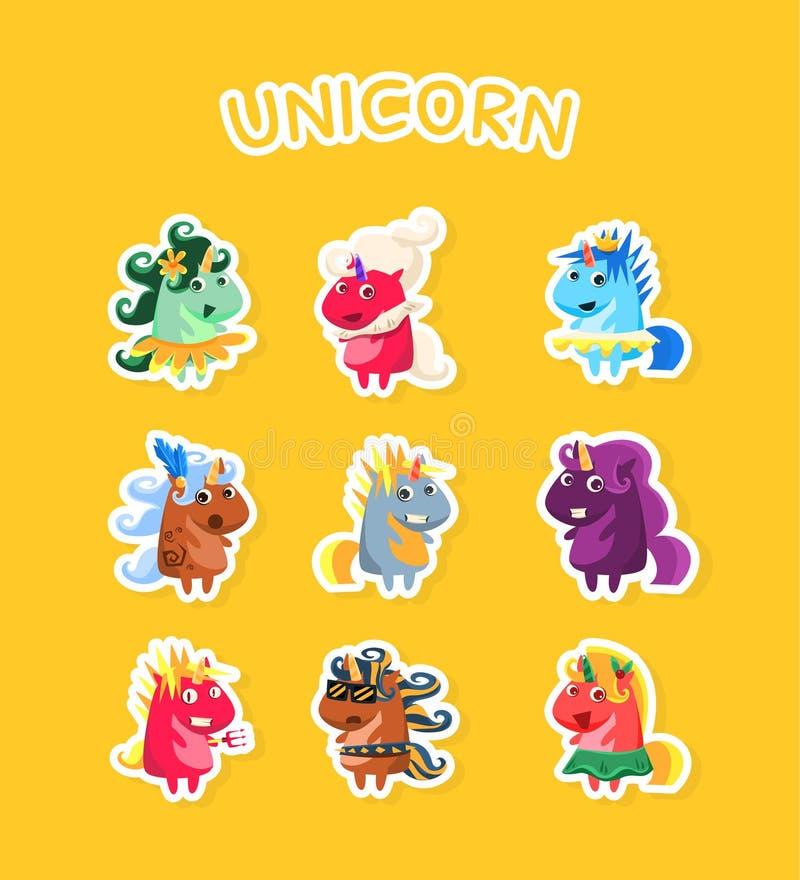 Sistema mágico de las etiquetas engomadas de los unicornios de la historieta divertida, insignias del remiendo de la moda con los stock de ilustración