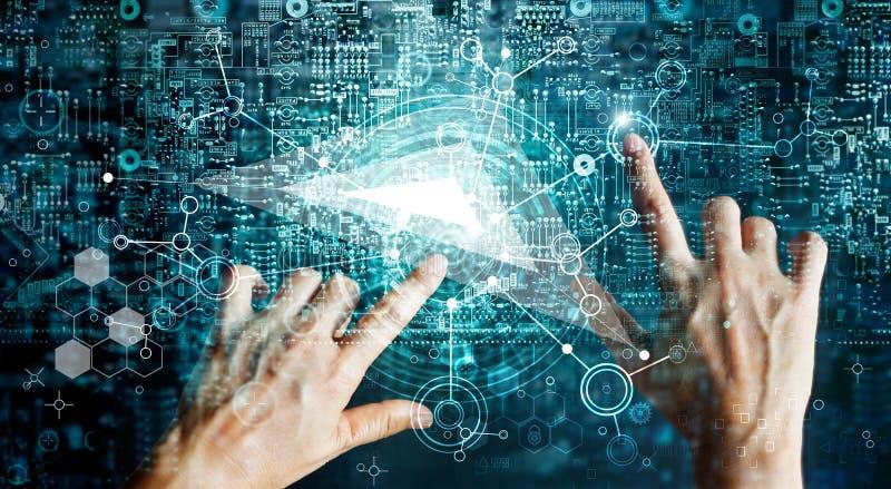 Sistemas de las innovaciones que conectan gente y los dispositivos de la inteligencia imagen de archivo libre de regalías