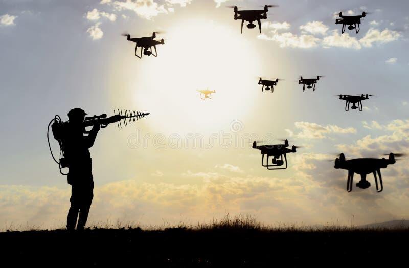 Sistemi di difesa antidroga e soluzione militare per attacchi, guerre e privacy fotografie stock libere da diritti
