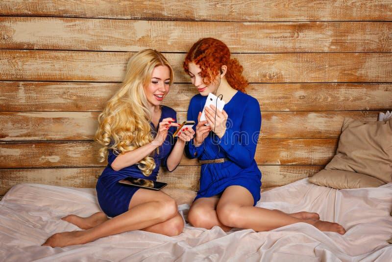 Hairy Redhead Teen Lesbian