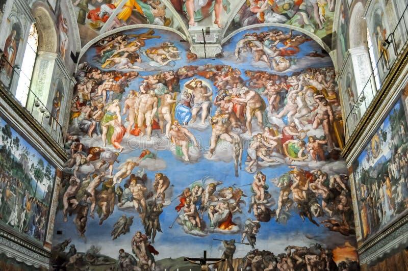 Sistine kapell i Vaticanenmuseum royaltyfri fotografi