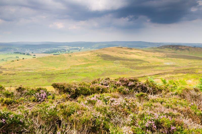 Site antique de fort de colline de Lordenshaws photographie stock libre de droits