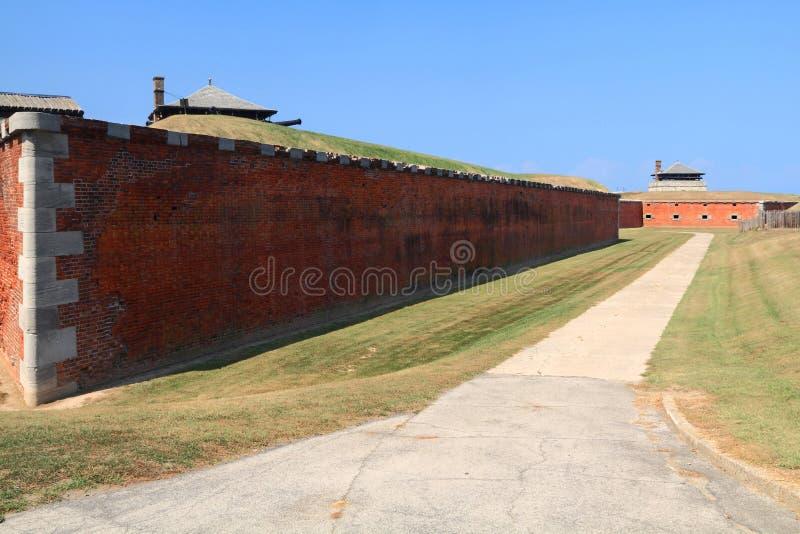 Site historique national des USA - vieux fort de Niagara en dehors de mur photo libre de droits