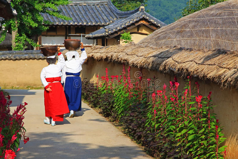 Siti del patrimonio mondiale dell'Unesco della Corea - villaggio delle gente di Hahoe fotografia stock