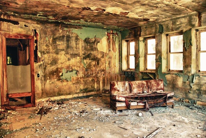 Sitio abandonado en la fábrica fotografía de archivo libre de regalías