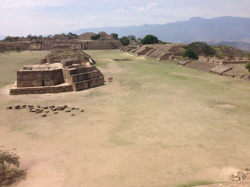 sitio arqueológico, ruinas de Monte Alban en Oaxaca, México fotografía de archivo
