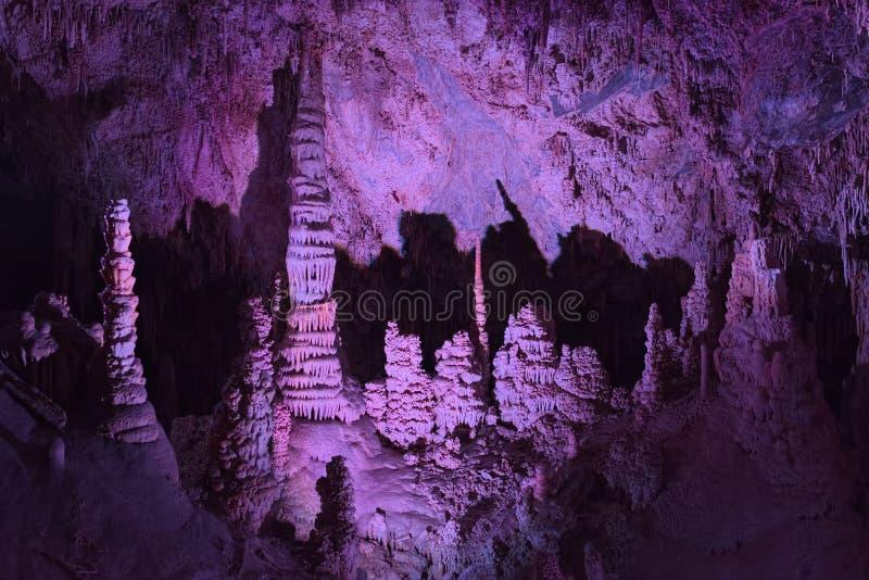 Sitio de la catedral en Lewis y Clark Caverns imagenes de archivo