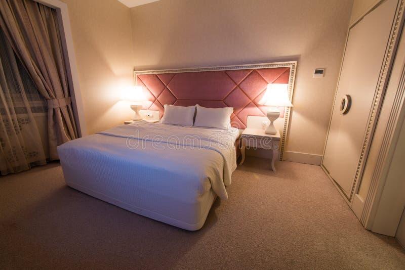Download Sitio En Hotel De La Orilla Imagen de archivo - Imagen de luces, hotel: 41913903
