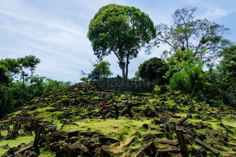 Sitio megalítico de Gunung Padang en Cianjur, Java del oeste, Indonesia imágenes de archivo libres de regalías