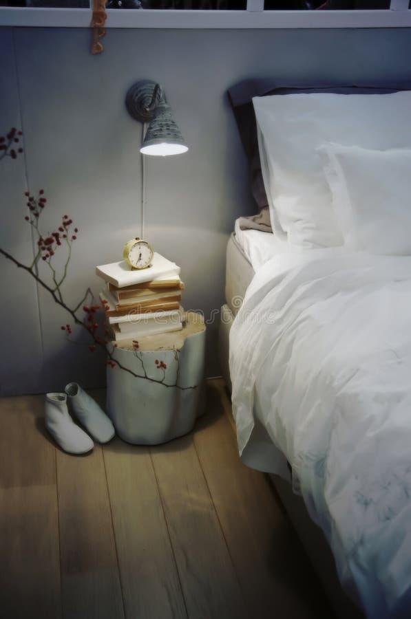 Sitio retro de la cama fotografía de archivo