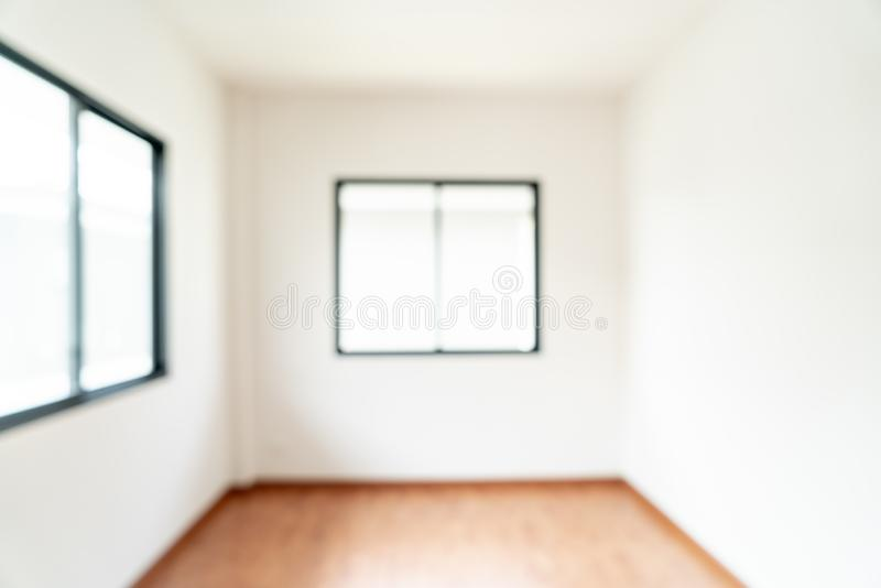 sitio vacío de la falta de definición del extracto con la ventana y puerta en hogar imagenes de archivo